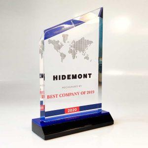 "Acrylic award for the ""Hidemont"" company by Vizinform"